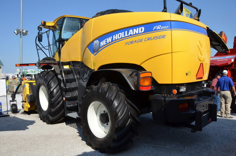 New Holland FR450, FR500, FR600, FR700, FR850